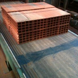 Transportband mit ERO Joint Verbindung im Brick Industrie